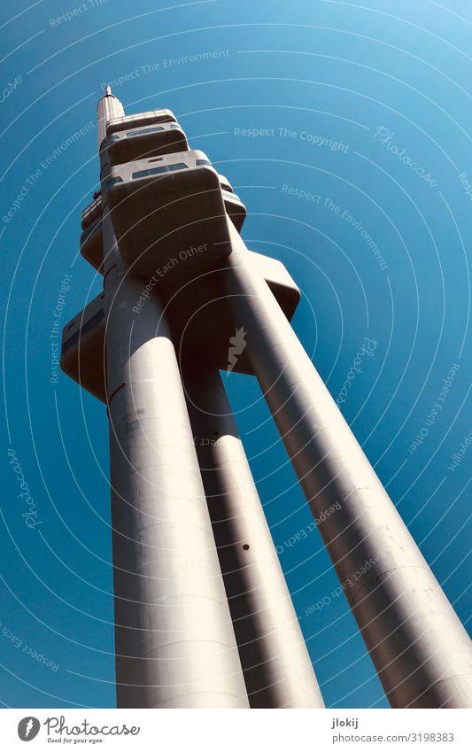 Stativ, überdimensional Tourismus Ausflug Freiheit Prag Tschechien Hauptstadt Stadtrand Menschenleer Hochhaus Turm Bauwerk Gebäude Architektur Antenne