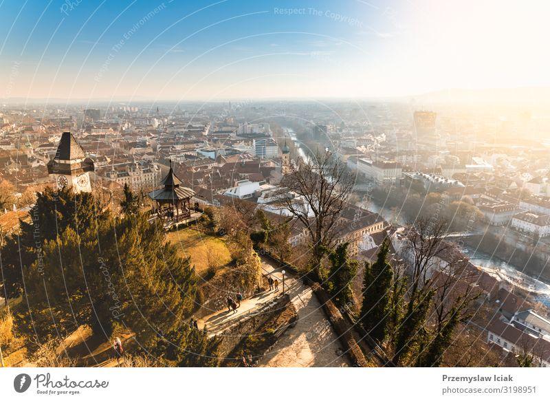 Blick vom Schlossberg auf die Stadt Graz, Reiseziel. Österreich Antenne Architektur blau Gebäude Kapital Zentrum Weihnachten Großstadt Ausflugsziel Europa