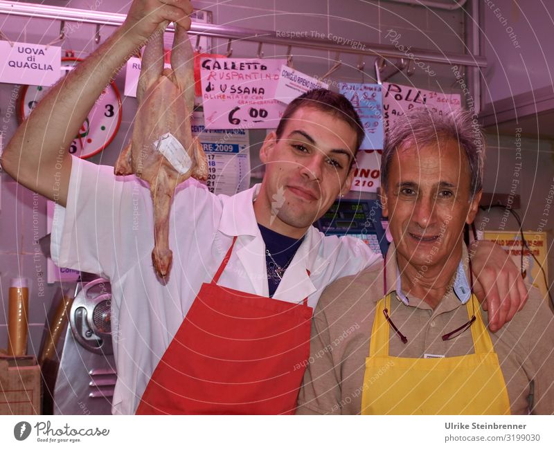 Schlachtfrisch Lebensmittel Fleisch Geflügel Haushuhn Ernährung Italienische Küche kaufen Ferien & Urlaub & Reisen Tourismus Städtereise Mensch maskulin