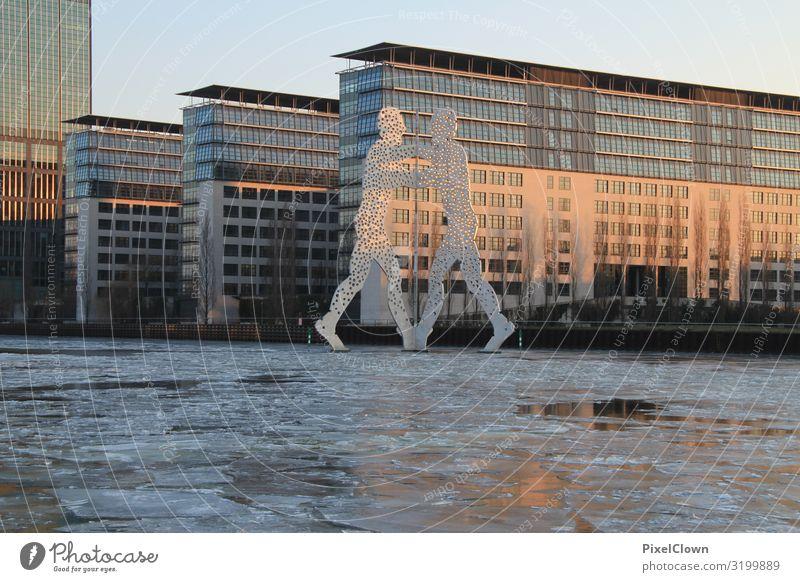 Berlin im Winter Lifestyle Stil Ferien & Urlaub & Reisen Tourismus Ausflug Sightseeing Städtereise Kunst Landschaft Flussufer Hauptstadt Bauwerk Gebäude
