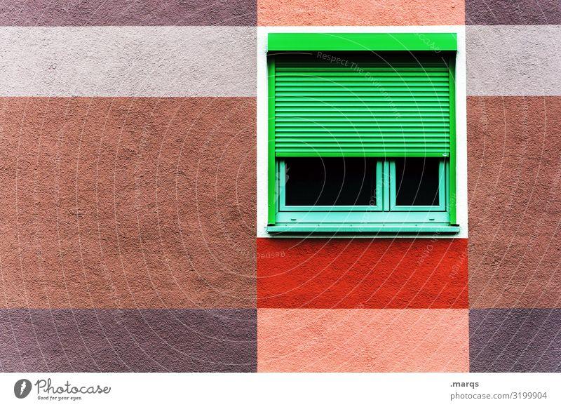 Fenster Lifestyle Häusliches Leben Fassade Rollladen Linie Streifen braun mehrfarbig grau grün rot weiß ästhetisch Farbe Ordnung 1 Farbfoto Außenaufnahme