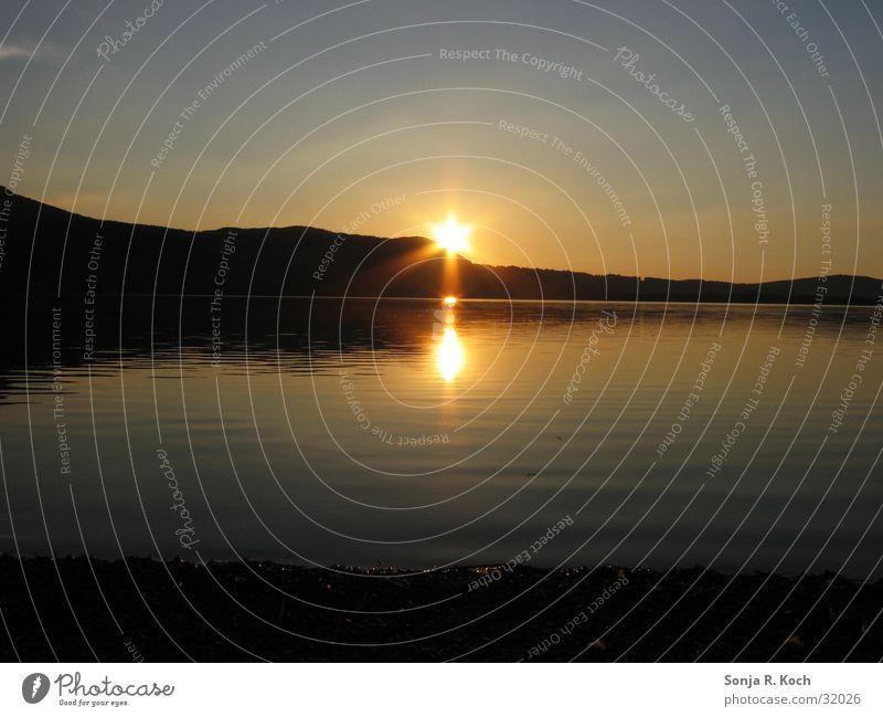 Sonnenuntergang See ruhig Abenddämmerung Wasser