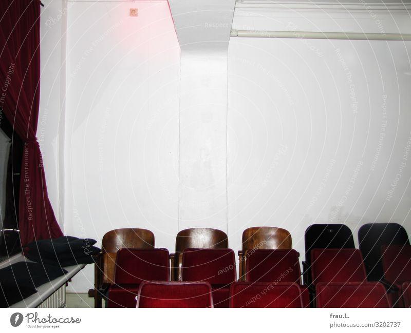 Kino Veranstaltung Kinoprogramm Autorenkino Hamburg Hafenstadt Freundlichkeit einzigartig retro rot weiß Vorfreude Gastfreundschaft bescheiden Bildung erleben
