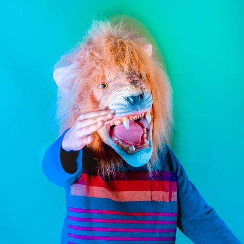 Kind Mensch sprechen Junge Kindheit 8-13 Jahre Kitsch exotisch Aggression