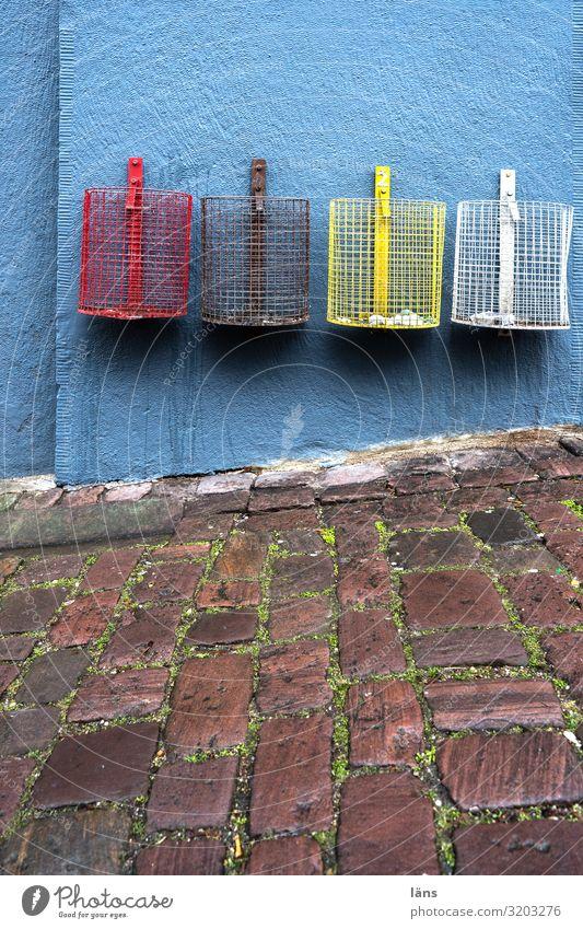 Mülltrennung Baden-Baden Haus Bauwerk Gebäude Mauer Wand Wege & Pfade nachhaltig Verantwortung gewissenhaft Beginn Erwartung Kreativität Problemlösung Ordnung