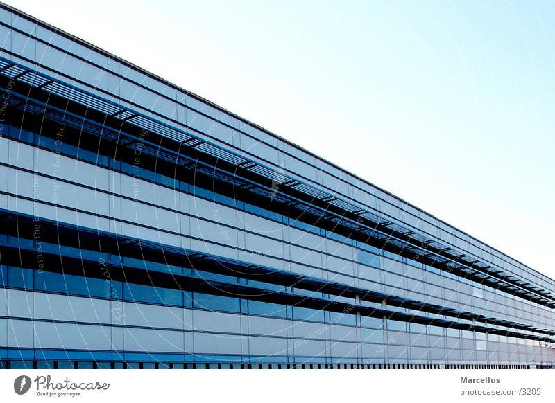 Gebäude Neubau Haus Architektur Perspektive blau