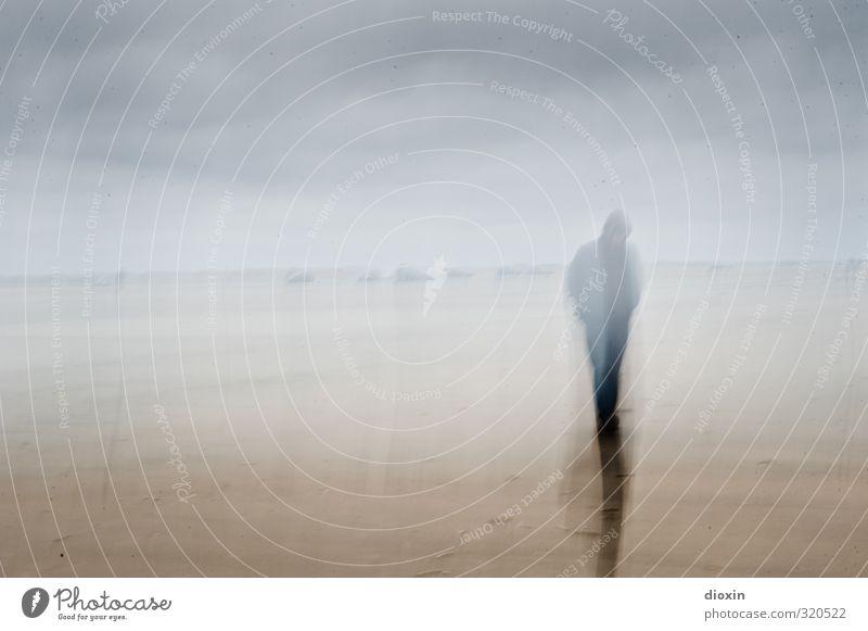 rømø   sand Erholung ruhig Ferien & Urlaub & Reisen Tourismus Insel Mensch androgyn 1 Sand Himmel Wolken schlechtes Wetter Küste Strand gehen träumen Gefühle