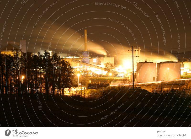 Zuckerfabrik Licht Fabrik Nacht Langzeitbelichtung Arbeit & Erwerbstätigkeit Maschine Industrie Rauch Wasserdampf Aktien Frauenfeld