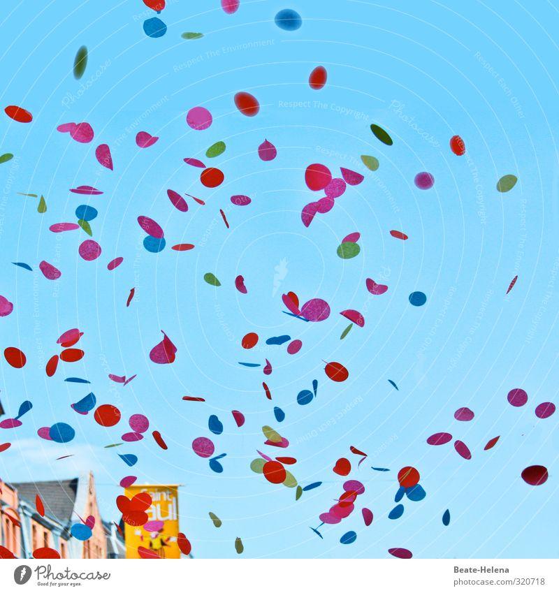 Das wär doch nicht nötig gewesen! / Konfetti zur Begrüßung Ferien & Urlaub & Reisen blau grün Sommer Sonne rot Freude gelb Liebe Straße Leben Bewegung Spielen