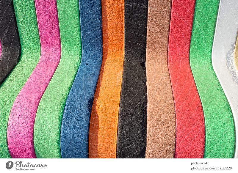 bunt und rund zum sitzen Lifestyle Dekoration & Verzierung Sitz Kunststoff Streifen viele Design Stil Hintergrundbild geschwungen gebraucht Abnutzung