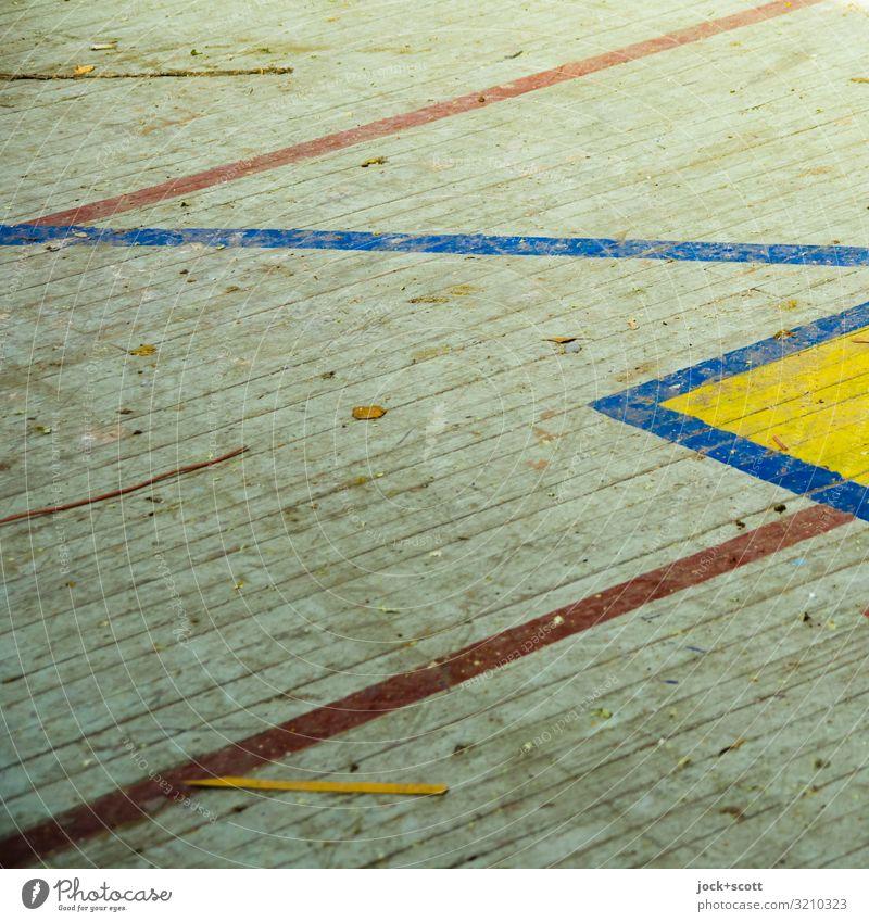 zick zack zick Holzfußboden Linie Oberflächenstruktur alt dreckig retro unten Verfall Vergangenheit verwittert Spielfeld Linienstärke Zahn der Zeit Zickzack