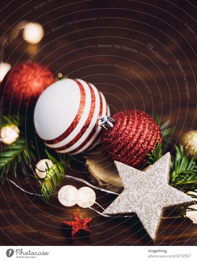 Weihnachtskugeln Feste & Feiern Weihnachten & Advent Tanne Holz braun gold grün rot Weihnachtsdekoration Hintergrundbild Weihnachtsstern Stern glänzend