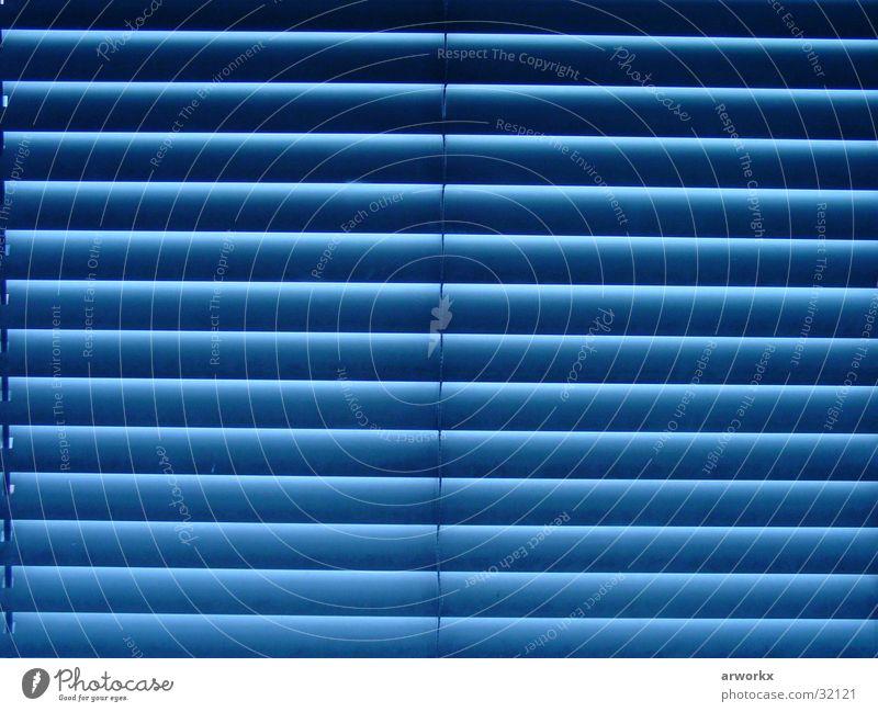 blue window Fenster Jalousie fantastisch schön Häusliches Leben blau Graffiti