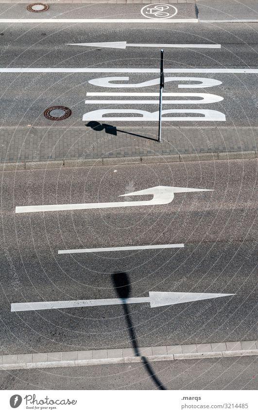 Fahrbahnmarkierungen Straße Straßenverkehr Pfeil Bus Typographie Linie Vogelperspektive Radweg Ordnung