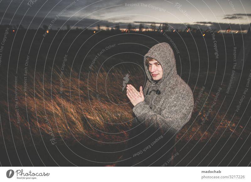 Einen Plan haben Mensch maskulin Junger Mann Jugendliche Erwachsene 1 listig Neugier trashig wild Unlust Sehnsucht Einsamkeit Erwartung Hoffnung kalt Kontakt