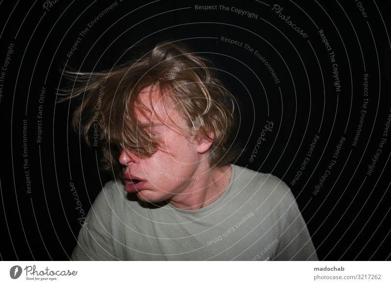 Portrait Mann Gesicht müde Mensch maskulin Junger Mann Jugendliche Erwachsene Leben 1 Gefühle Stimmung Opferbereitschaft Angst Entsetzen Todesangst