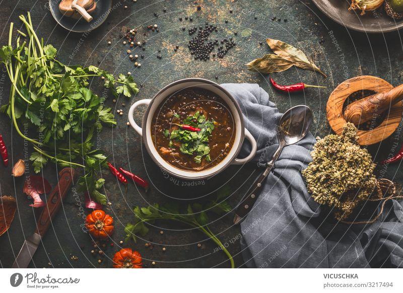 Linsensuppe auf Küchentisch Lebensmittel Ernährung Bioprodukte Vegetarische Ernährung Diät Geschirr Schalen & Schüsseln Design Gesunde Ernährung Hintergrundbild