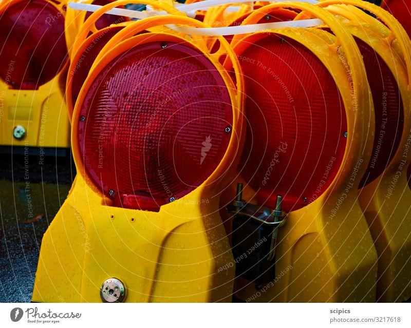 Lampen Güterverkehr & Logistik Baustelle Industrie Straßenverkehr Verkehrszeichen Verkehrsschild Zeichen Hinweisschild Warnschild Arbeit & Erwerbstätigkeit