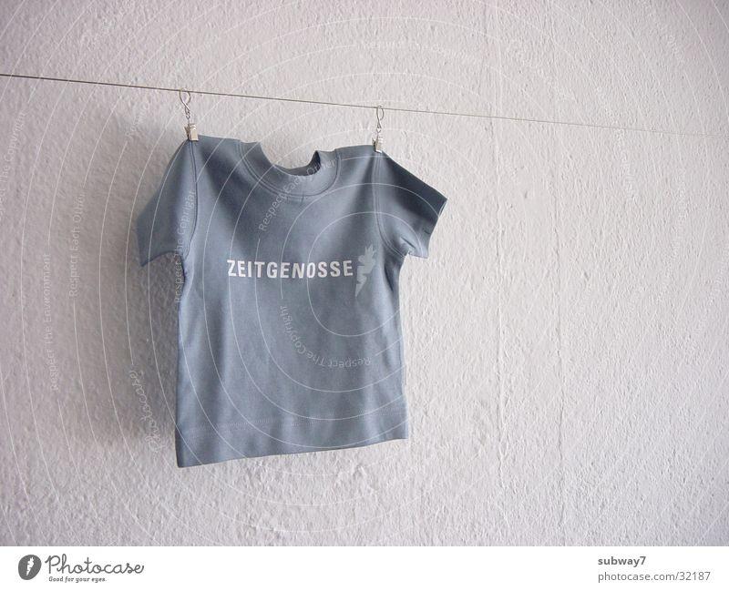 Zeitgenosse Wand Freizeit & Hobby Seil Schriftzeichen Bekleidung T-Shirt Buchstaben Schnur Hemd Draht Wäscheleine Symbole & Metaphern Agentur Drahtseil