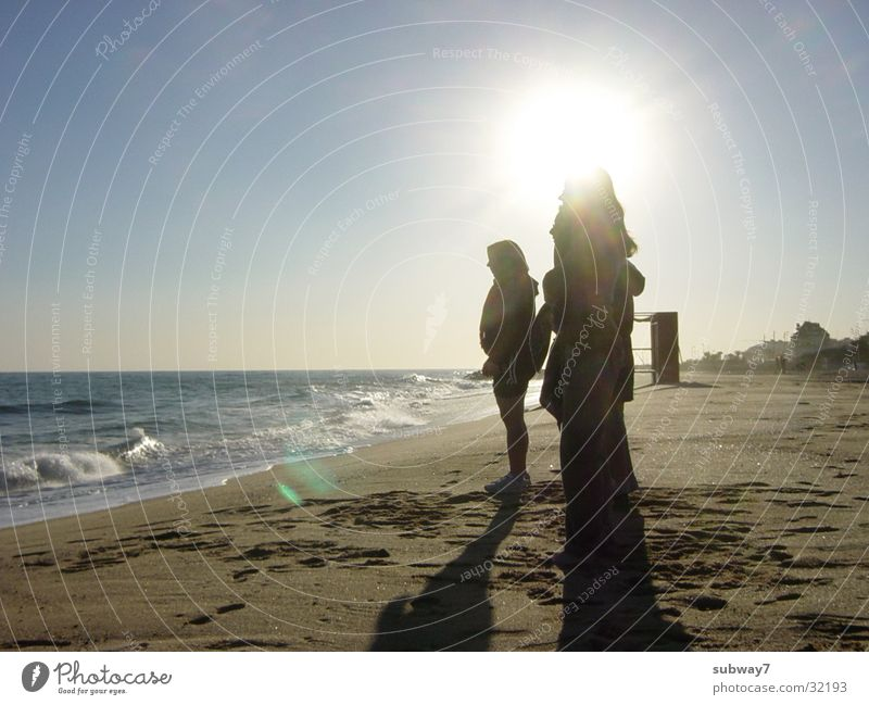 Strand-Propheten Frau Mensch Sonne Meer Ferien & Urlaub & Reisen Sand Küste Europa Freizeit & Hobby Spanien Barcelona beige Völker Mittelmeer Badestelle