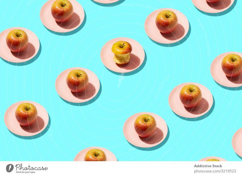Bunte frische Äpfel Frucht Hintergrund reif Sommer Lebensmittel Konzept Farbe sehr wenige Vegetarier Muster flach Vitamin Gesundheit legen abstrakt Nahaufnahme