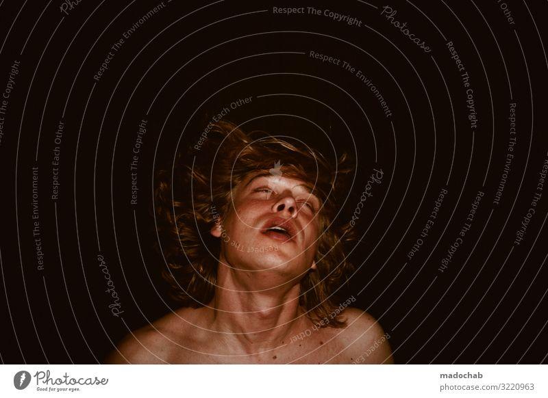 Portrait Mann nackt jung Blickkontakt Mensch maskulin Junger Mann Jugendliche Erwachsene Traurigkeit Sorge Trauer Liebeskummer Schmerz Sehnsucht Einsamkeit