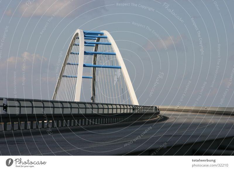 Elbbrücke im Licht Himmel Straße Brücke Elbe Bogen