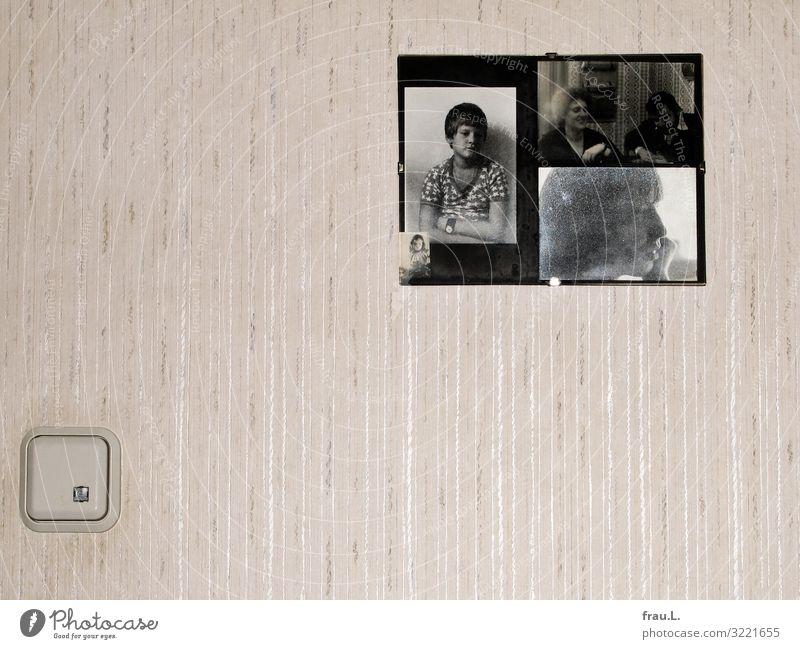 Flurwand Häusliches Leben Tapete alt einfach retro Trauer Tod Respekt Fotografie Familie & Verwandtschaft Kind Abschied bescheiden Liebe Enkel Schwiegersohn