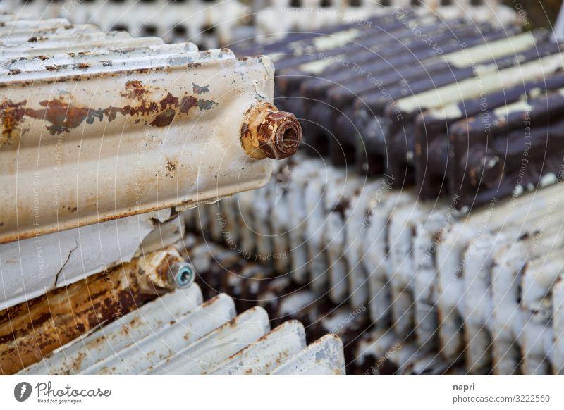 Schrott_Heizkörper Berlin Heizung Metall alt Energie nachhaltig Umwelt Umweltverschmutzung Umweltschutz Müll Müllentsorgung Rost Stapel Sanieren Modernisierung