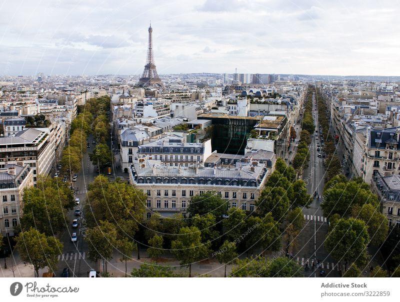 Pittoreskes Stadtbild von Paris Architektur Großstadt malerisch Tour d'Eiffel Arc de Triomphe Frankreich Skyline ansicht von paris Antenne Höhe beobachten urban