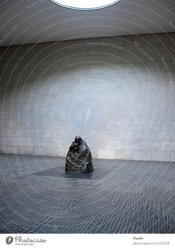 Gedenken Berlin Deutschland historisch erinnern Pieta Neue Wache