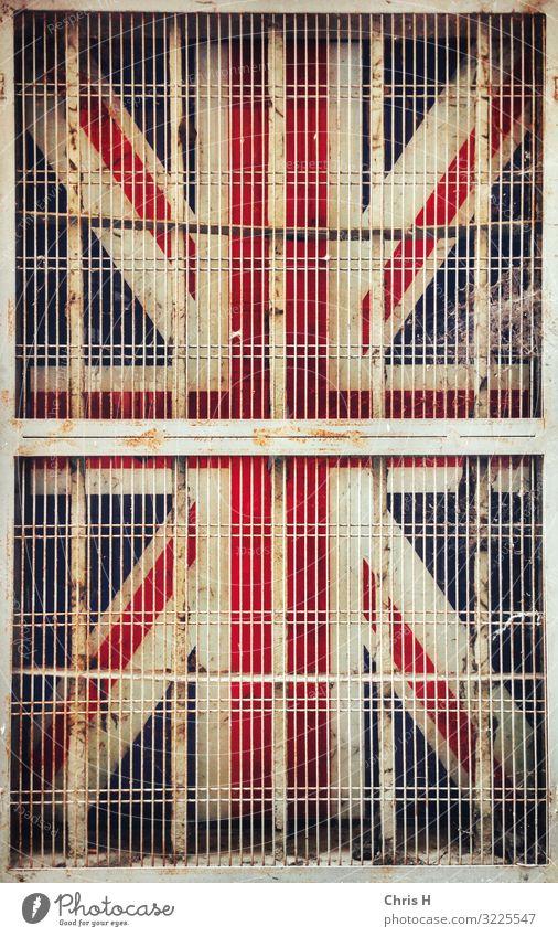 Caged Union Jack Parma Italien Europa Bauwerk Gebäude Architektur Mauer Wand Fassade Gesellschaft (Soziologie) Tourismus Stadt Wandel & Veränderung Zukunft