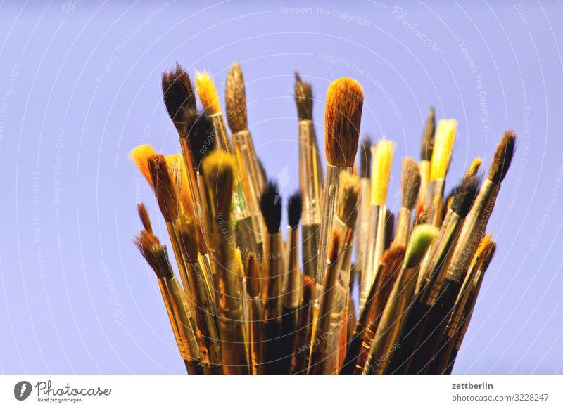 Pinsel Hobelbank mehrfarbig Entwurf Farbe Mediengestalter Grafiker Grafik u. Illustration illustrieren Idee Kreativität Kunst Künstler Gemälde Schreibtisch