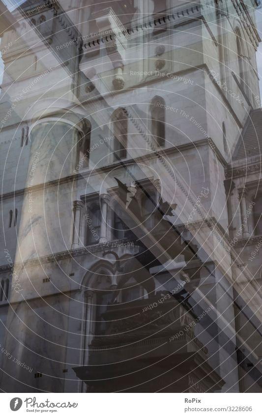 Innen und außen reflektiert. Lifestyle Reichtum Stil Design Ferien & Urlaub & Reisen Tourismus Sightseeing Städtereise Häusliches Leben Bildung