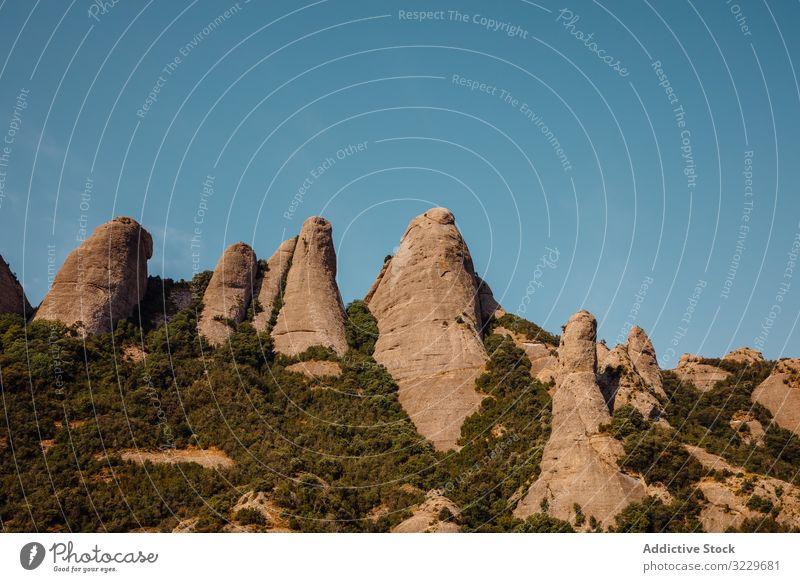 Aussichten auf den Berg von Montserrat natürliches Licht Panorama Berge Sonnenuntergangslandschaft katalonien spanien Aufstieg Klettern Wahrzeichen Tourismus