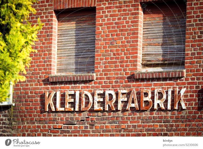good bye Made in Germany Arbeit & Erwerbstätigkeit Beruf Fabrik Industrie Handwerk Mittelstand Schönes Wetter Deutschland Dorf Industrieanlage Mauer Wand