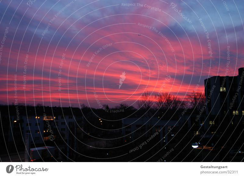 Warum ich früh im Job bin! Sonnenaufgang Wolken Formation Aussicht Horizont Treppe blau orange Himmel Sonnenuntergang
