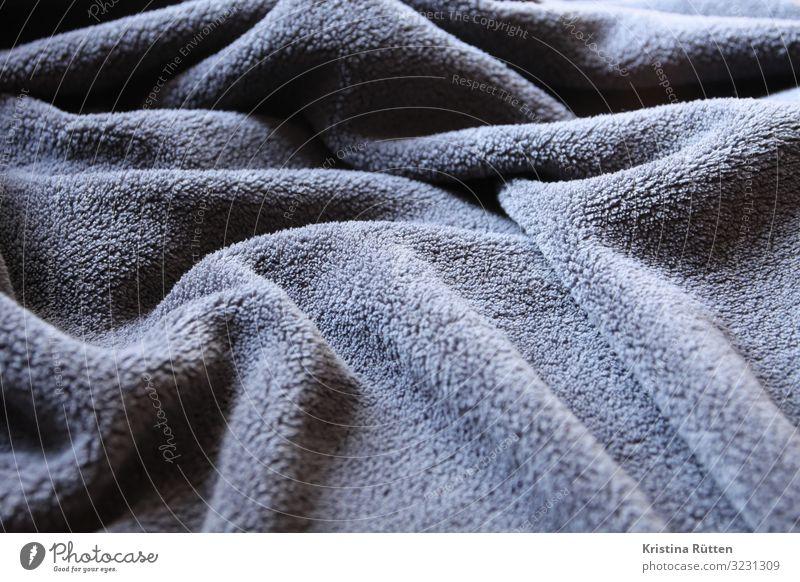kuscheldecke Wellen Landschaft schlechtes Wetter Stoff kuschlig Wärme weich grau Trägheit bequem wohndecke Decke tagesdecke falten Faltenwurf anthrazit struktur