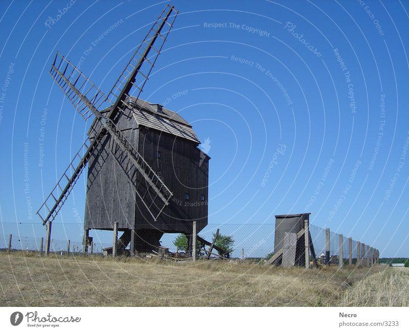 Windmühle 1 Himmel Sonne Sommer Zaun Mühle