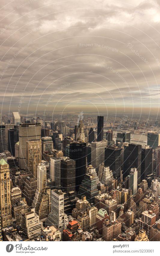 Skyline NY Ferien & Urlaub & Reisen Tourismus Ausflug Abenteuer Ferne Freiheit Sightseeing Städtereise Himmel Wolken Horizont Sonnenlicht New York City Stadt