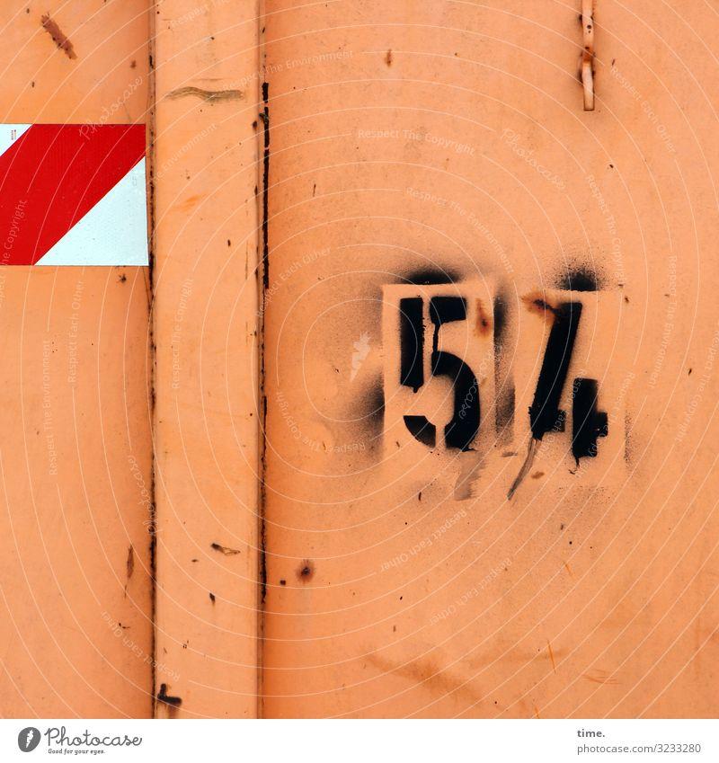 Korrekturhilfe Güterverkehr & Logistik Container Haken 54 Metall Rost Zeichen Ziffern & Zahlen Schilder & Markierungen Hinweisschild Warnschild Graffiti Linie