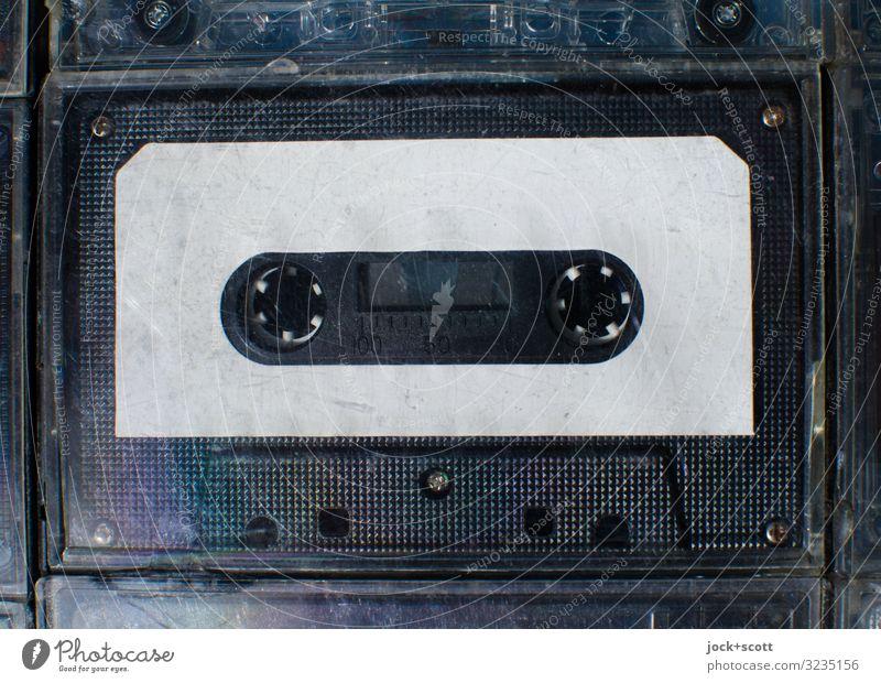 Leerkassette für Audio Unterhaltungselektronik Musikkassette Sammlerstück Kunststoff Freiraum unbeschriftet authentisch einfach nah Originalität retro schwarz