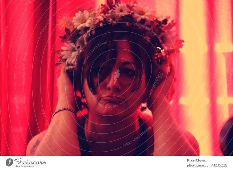 Blumenmädchen Frau Porträt Gesicht Haare & Frisuren Auge Blumenstrauß Kopf feminin