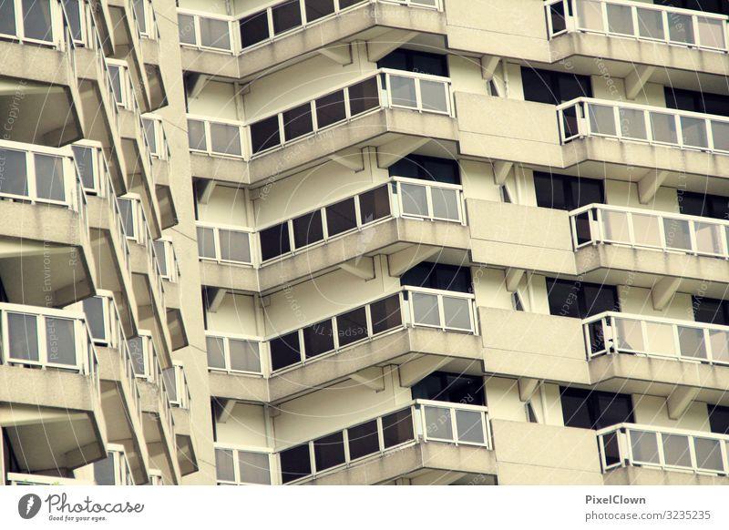 Hochhaus schöner wohnen Architektur Wohnen Gebäude Fassade Fenster Wohnung Menschenleer Stadt Balkon anonym Außenaufnahme Bauwerk Gedeckte Farben modern Trist