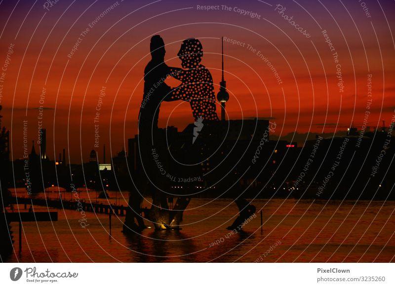 Berlin Lifestyle Ferien & Urlaub & Reisen Tourismus Ausflug Städtereise Nachtleben Kunst Kunstwerk Skulptur Landschaft Flussufer Blick träumen schön rot