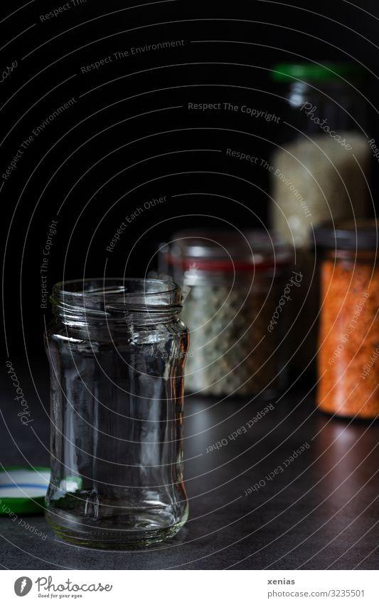 leeres Marmeladenglas Lebensmittel Hülsenfrüchte Glas Glasbehälter Bügelverschluß kaufen nachhaltig ökologisch unverpackt plastikfrei Farbfoto Menschenleer