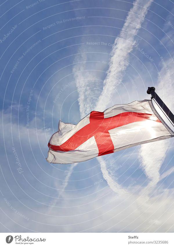 St. George`s Flag Himmel Schönes Wetter England Europa Zeichen Kreuz Fahne blau rot weiß Sicherheit Schutz Glaube Politik & Staat Religion & Glaube Tradition
