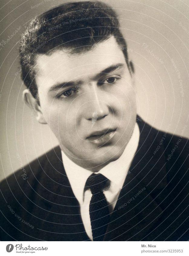 mr.nico senior maskulin Junger Mann Jugendliche Kopf Gesicht 1 Mensch Anzug Krawatte Stolz Nostalgie Haarschnitt Wandel & Veränderung früher außergewöhnlich