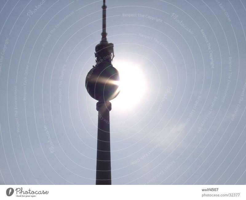 sonnenbad Sonne Berlin Gebäude Kunst Architektur Turm Sehenswürdigkeit