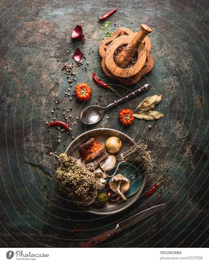 Getrocknete Gewürze und Küchenkräuter Lebensmittel Kräuter & Gewürze Ernährung Geschirr Design Gesunde Ernährung Tisch Restaurant Gastronomie Hintergrundbild